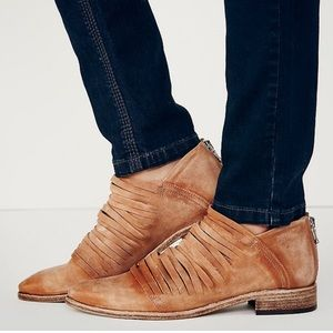 Free People Lost Valley ankle bootie size 10 EUC
